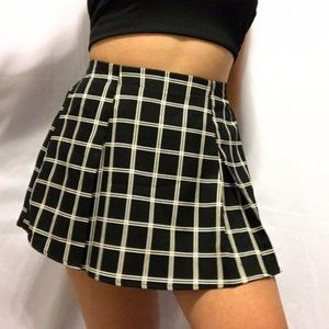 Forever 21 Black White Grid Check Mini Skirt Sz M